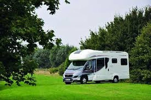 6 Berth Motorhome rental in New Zealand from Discover Motorhomes
